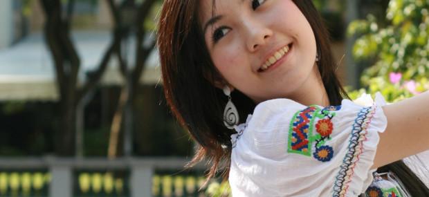singapore smiling
